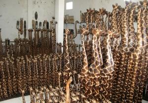 wooden-giraffe